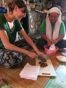 Learning to cook Malaysian dessert