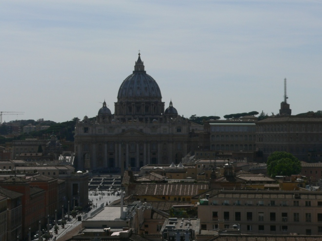 1-rome_view-to-st-peters-from-the-castel-santangelo