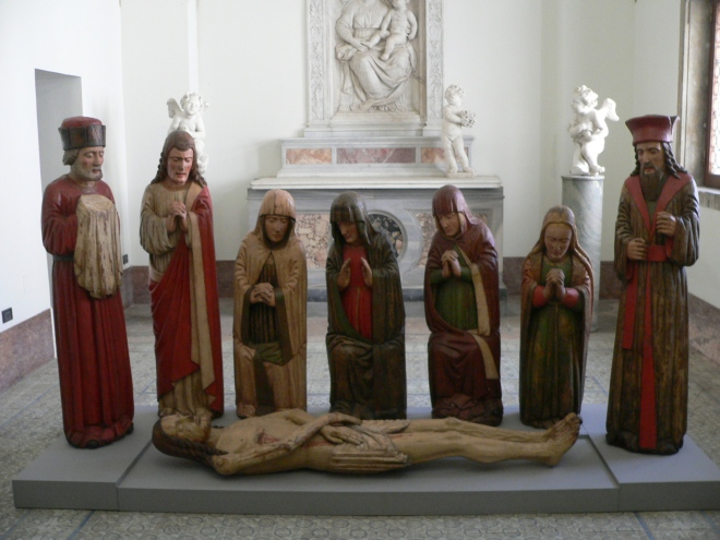 2-rome_medieval-entombment-group-at-castel-santangelo