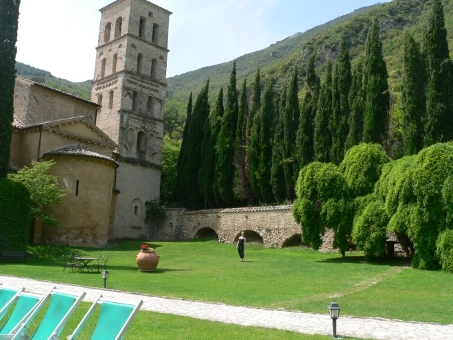 4-ferentillo_abbey-st-pietro-in-valle-medieval-church-and-bell-tower